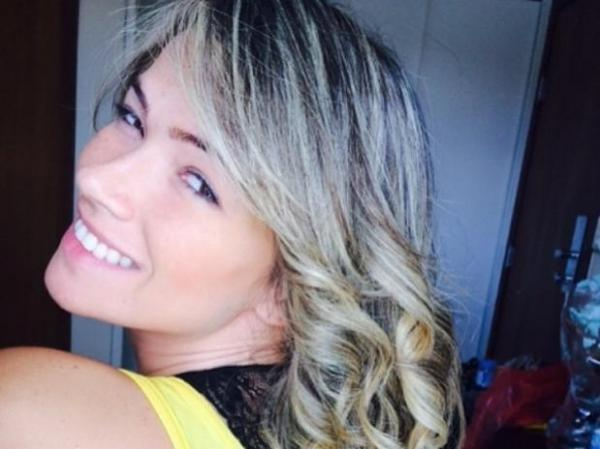 Fani Pacheco aposta em megahair e posta resultado; confira