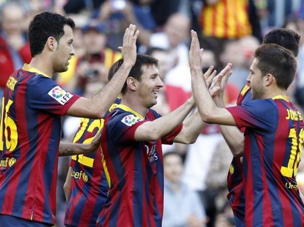 Barcelona vence o Osasuna por 7 a 0 e Messi se torna o maior artilheiro da história do clube