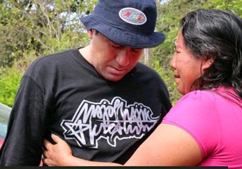 Pescador salvadorenho cumpre promessa feita a seu companheiro de naufrágio