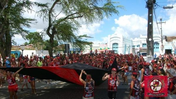 Em AL, bloco do Fla deve reunir mais de mil foliões nas ruas de Marechal