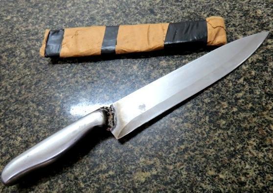 Jovem com faca é preso após causar terror em bar de Parnaíba