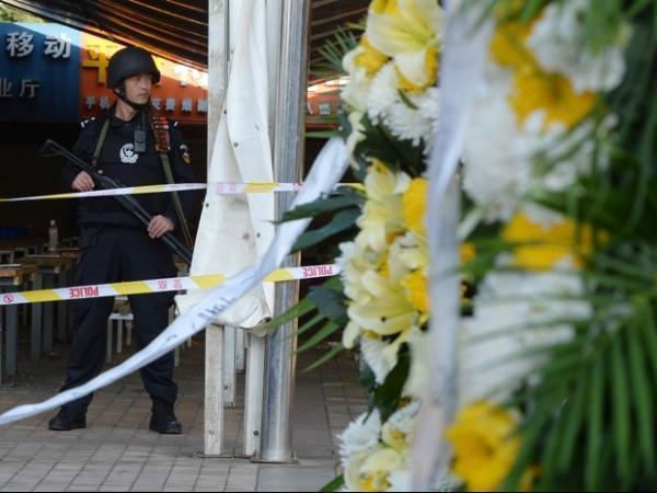 Sobe para 33 número de mortos em ataque em estação de trem na China