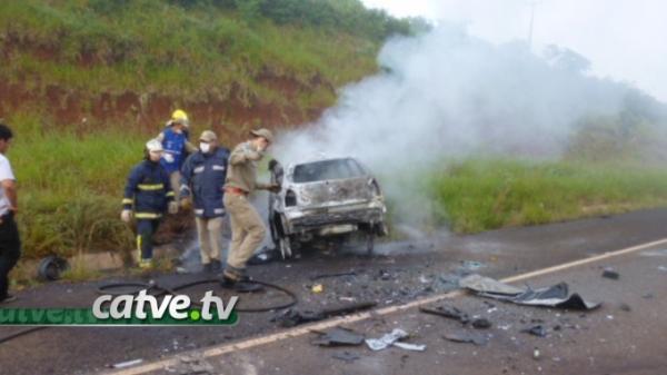 Cinco pessoas morrem em acidente na BR 272 em Campo Mourão