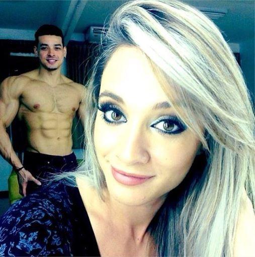 Com foto sexy, noivo se declara para Juju Salimeni