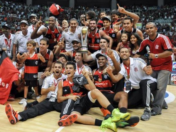 Flamengo bate Pinheiros e é campeão da Liga das Américas de Basquete no Rio