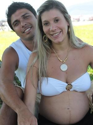 Hospital volta atrás, resolve fazer parto recusado e menino nasce saudável