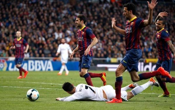 Neymar é centro das discussões por pênalti polêmico em vitória do Barça