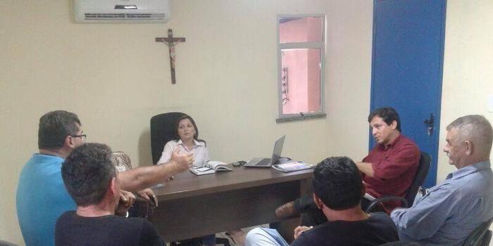 Adriane Prado fortalece compromisso de instalação do Serviço de Inspeção