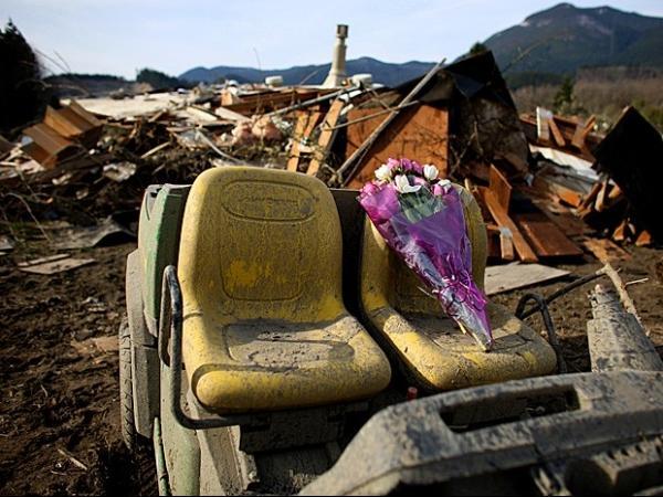 Deslizamento nos Estados Unidos tem 14 mortos e 176 desaparecidos; fotos