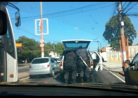 Em depoimento, preso garante que PM podia ver Claudia Silva antes de atirar