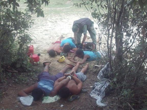 Policia divulga imagens das prisão de traficantes na mata de Buriti dos Lopes