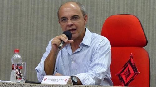 residente do Flamengo descarta reforços no time: