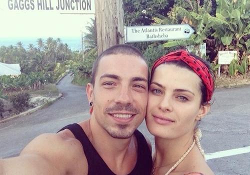 Di Ferrero comemora cinco meses de namoro com Isabelli Fontana
