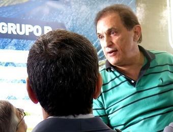 Dirigentes de Palmeiras e Bragantino batem boca no Pacaembu