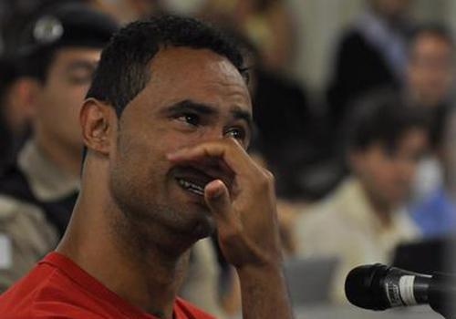 Goleiro Bruno admite que tentou cometer o suicídio e pede para jogar