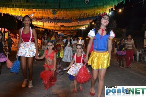 Prefeitura de Massapê promoveu Matinê carnavalesco para crianças, veja fotos!  - Imagem 1