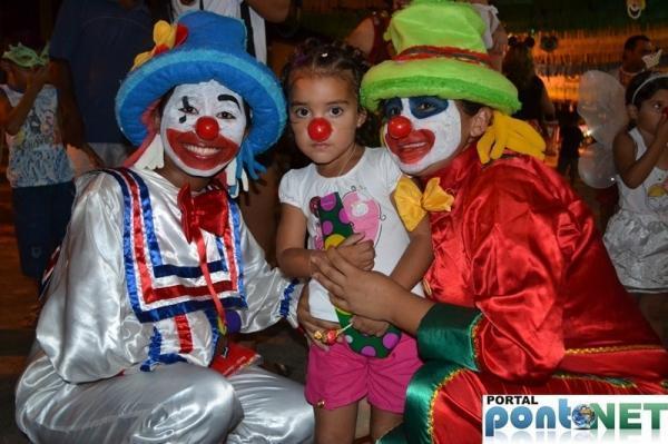 Prefeitura de Massapê promoveu Matinê carnavalesco para crianças, veja fotos!  - Imagem 4