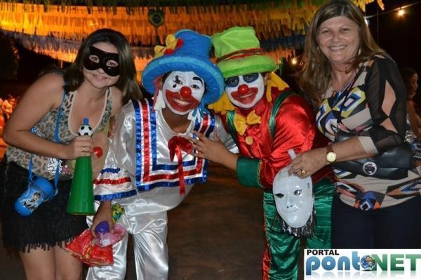 Prefeitura de Massapê promoveu Matinê carnavalesco para crianças, veja fotos!  - Imagem 3