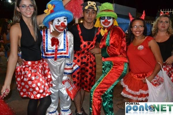 Prefeitura de Massapê promoveu Matinê carnavalesco para crianças, veja fotos!  - Imagem 7