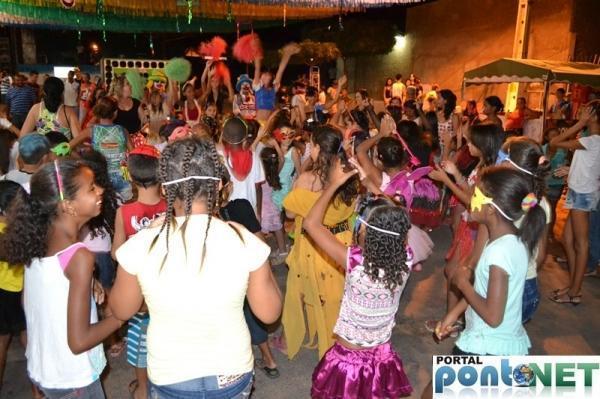 Prefeitura de Massapê promoveu Matinê carnavalesco para crianças, veja fotos!  - Imagem 11