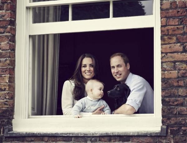 Príncipe William e Kate Middleton aparecem em nova foto com George