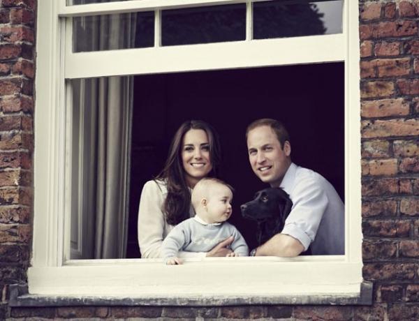 Príncipe William e Kate Middleton aparecem em nova foto com George
