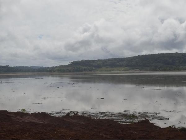 Trabalhadores estavam a 1 km da barragem rompida, diz empresa