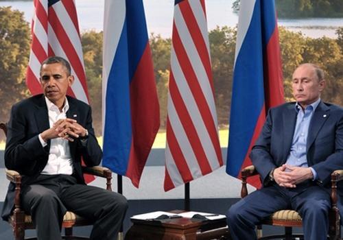 Obama e Putin discutem por telefone sobre Ucrânia e mantêm posicionamentos