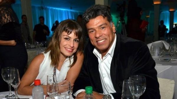 Maurício Mattar briga em público com namorada, e atriz ameaça terminar namoro