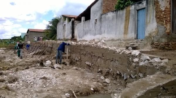 Prefeitura inicia reparos e manutenção do cais e rede de esgoto do município - Imagem 4