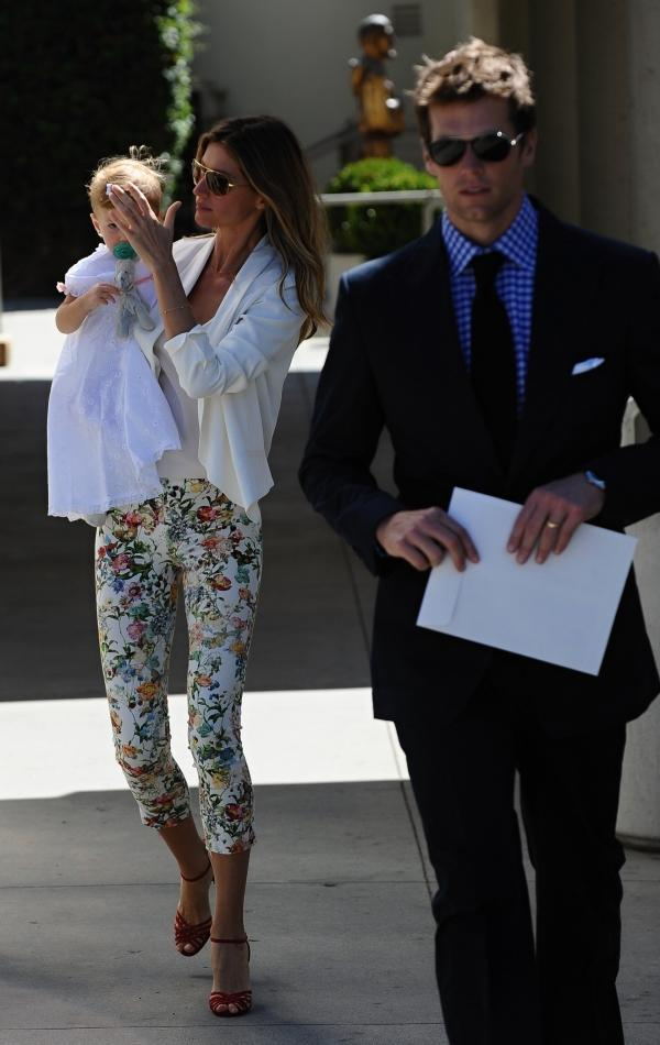 Gisele Bündchen e Tom Brady batizam a caçula Vivian em Los Angeles