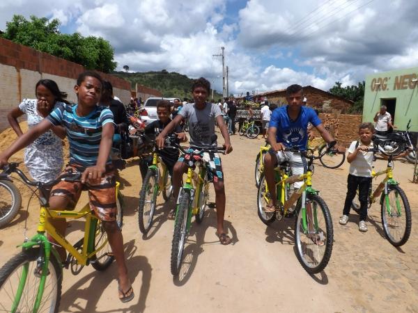 Prefeitura de Caracol entrega bicicletas do Pedala Piauí - Imagem 4