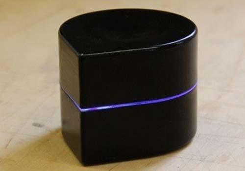 Mini robô é impressora portátil que cria imagens rolando na folha