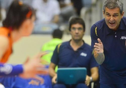 No duelo Bernardinho contra Z Roberto, Rio faz 3 a 2 pelas semis