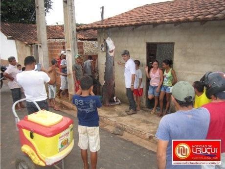 Pescador de Uruçuí fisga Pirarucú gigante. Peixe virou atração entre populares. FOTOS