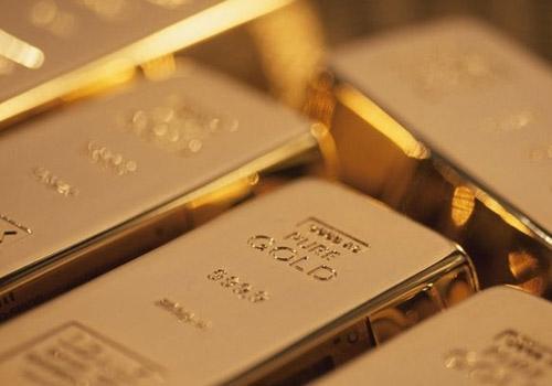 Médicos se assustam após encontrarem 12 barras de ouro em estômago de homem