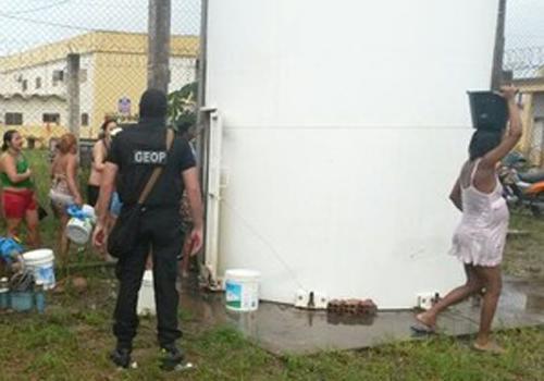 Sem água há dois dias, detentas iniciam motim em Pedrinhas