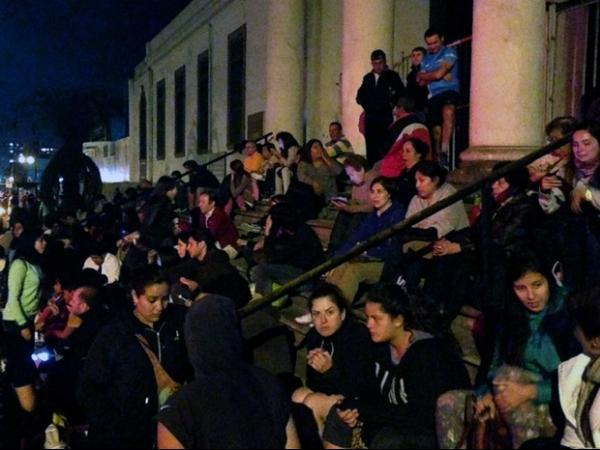 Chile registra tsunami ap terremoto que matou cinco pessoas