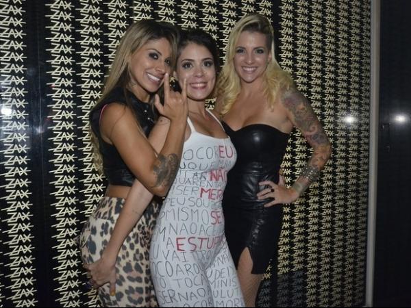 Ex-BBB Vanessa pretende se casar com Clara em Las Vegas