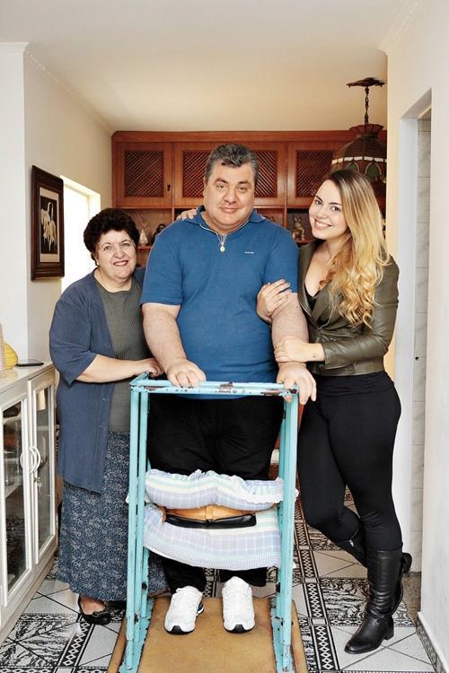 Gerson Brenner casa com psicóloga que tratou dele após acidente