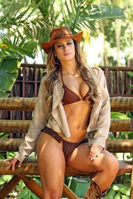 Lucilene Caetano, musa do MMA, diz que não recebe mais cantadas e elogia namorado lutador: ?É um romântico à moda antiga?