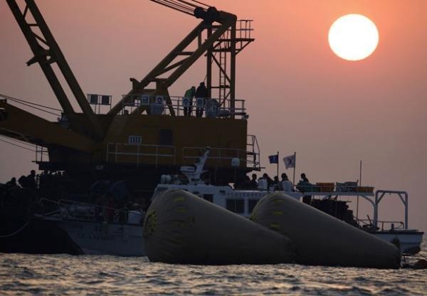 Número de mortos em naufrágio na Coreia do Sul passa de 120