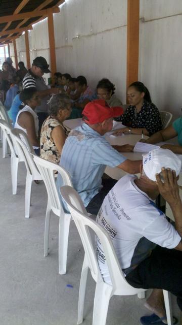 Mutirão do Olho é realizado com idosos de Passagem Franca Piauí