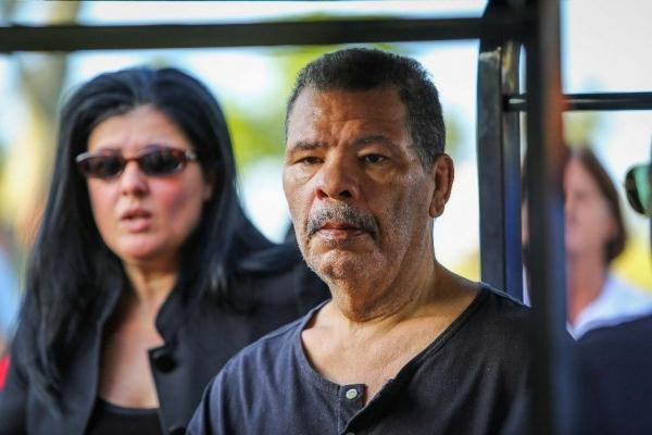 Ex-pugilista Maguila é internado em São Paulo. Maguila está internado apenas para hidratação e passa bem.