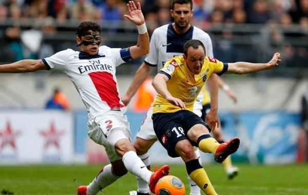 Gol contra de Thiago Silva adia conquista antecipada do bi pelo PSG