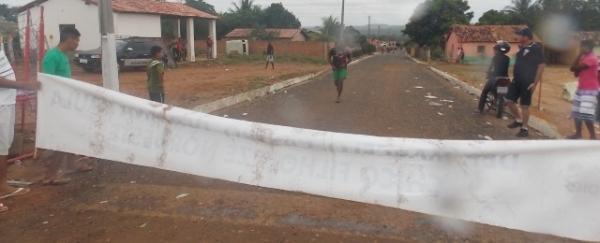 Maratonas e corridas de jumentos abriram  a programação do dia 28 em Canavieira - Imagem 8