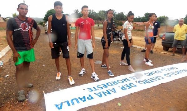 Maratonas e corridas de jumentos abriram  a programação do dia 28 em Canavieira - Imagem 10