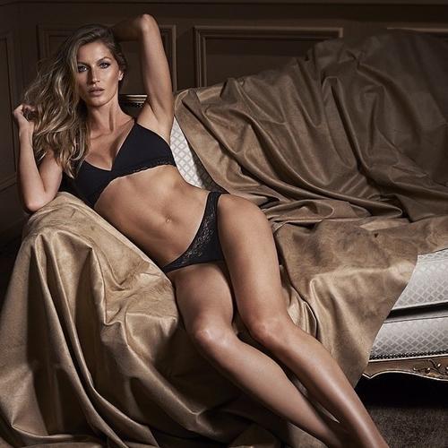 Gisele Bündchen posa de lingerie para promover nova coleção