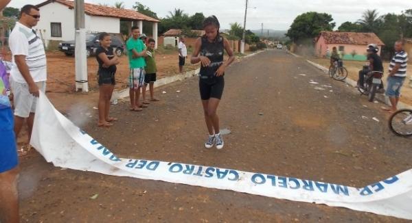Maratonas e corridas de jumentos abriram  a programação do dia 28 em Canavieira - Imagem 7