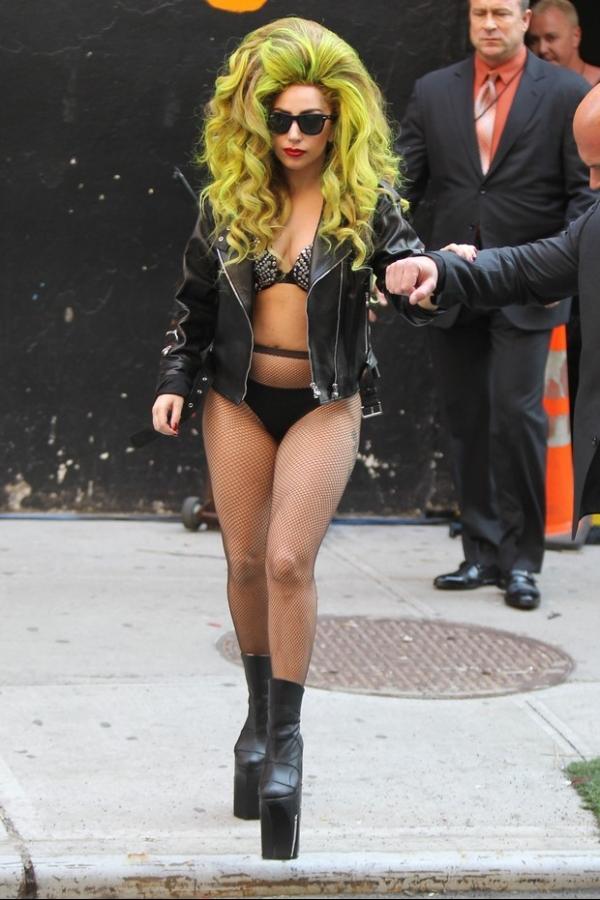 Lady Gaga ganha